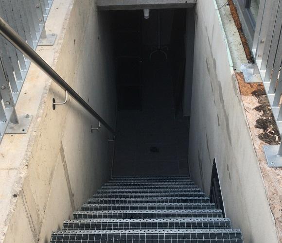 Vorher Treppe Keller